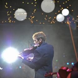 David Campbell performing